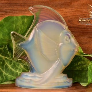 Sabino Opalescent Crystal 1960-80 Large Fish 'Poisson Saint Yves' Figure