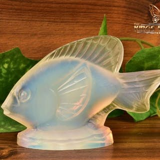 Sabino Opalescent Crystal 1960-80 Medium Fish 'Poisson Ondine' Figure