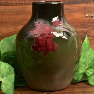 Weller Pottery 1898-1915 Eocean Bottle Vase with Red Carnations