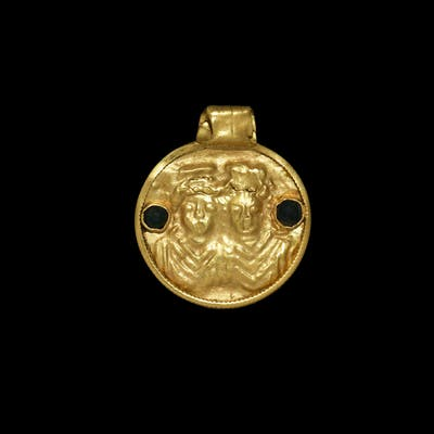 Roman Gold Pendant with Busts