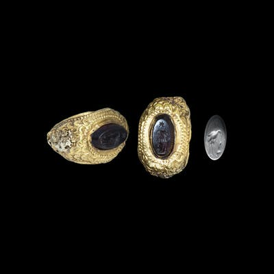 Roman Gold Ring with Gemstone