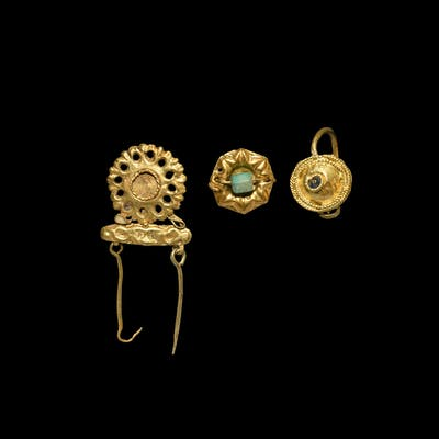Roman Gold Earring and Mount Group