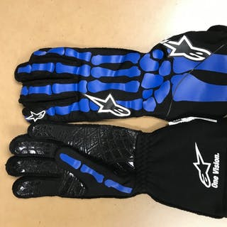 2019 Race-Worn, William Byron Autographed Driven to Give Gloves in