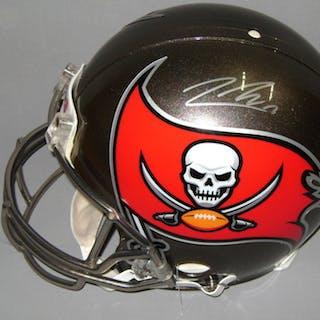 NFL - Buccaneers Jeremy McNichols signed Buccaneers proline helmet