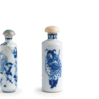 TWO BLUE AND WHITE PORCELAIN SNUFF BOTTLES, CHINA, QING DYNASTY, KANGXI