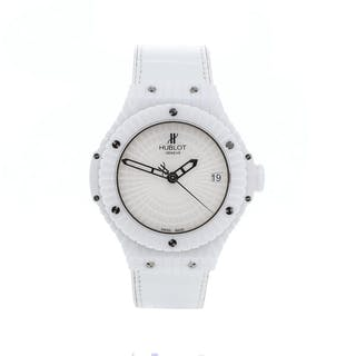 Hublot Big Bang White Caviar 346.HX.2800.RW