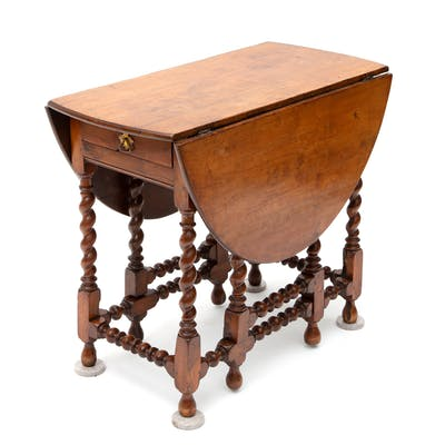An English yew dropleaf table