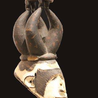 Maske der Igbo - Anonym