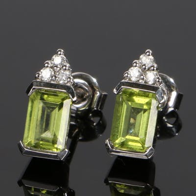 9 carat white gold and peridot set earrings