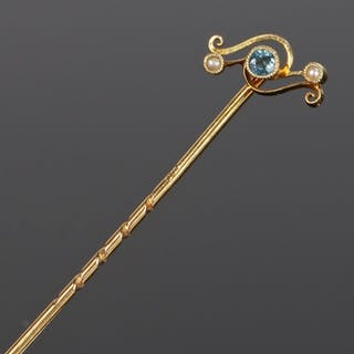 Blue topaz and pearl set stick pin
