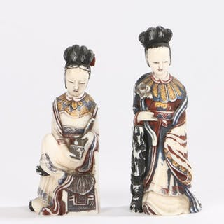 Two Japanese Meiji period ivory snuff bottles
