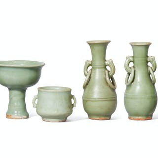A GROUP OF FOUR LONGQUAN CELADON VESSELS MING DYNASTY, 14TH-15TH CENTURY...