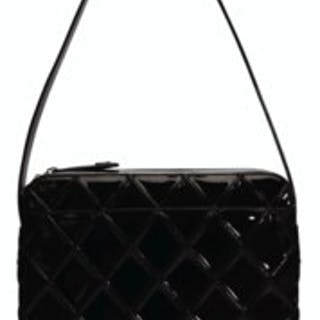 5c9758b2b4eb A CHANEL PATENT LEATHER QUILTED TOP HANDLE BAG WITH BRUSHED SILVER HARDWARE