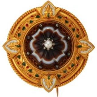 ANTIQUE AGATE, PEARL AND DIAMOND BROOCH