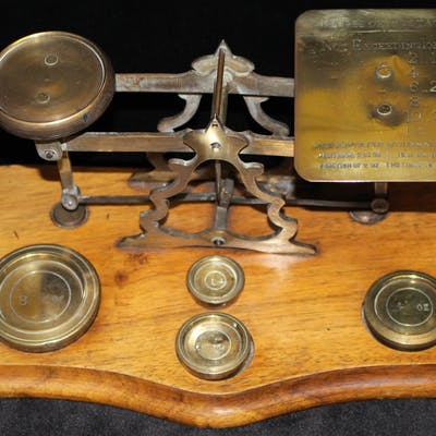 POSTAL SCALES 19thC brass postal scale with comprehensive...