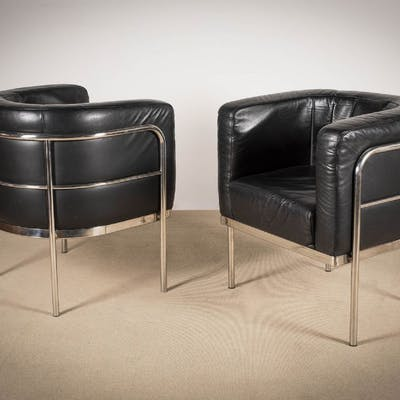 A PAIR OF TUB CHAIRS