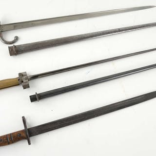 French Model 1874 'Gras' sword bayonet marked on back...