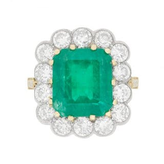 Vintage Emerald and Diamond Cluster Ring, c.1940s