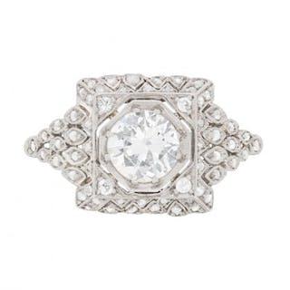 Art Deco Diamond Cluster Ring, c.1930s