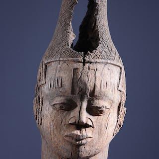 Tête de reine Benin Iyoba (N° 10215)