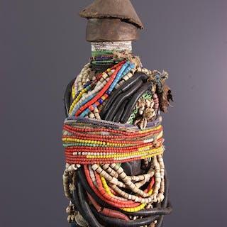 Grande poupée Fali Ham pilu (N° 13465)