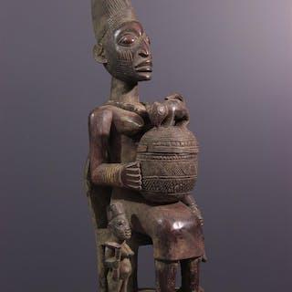 Porteuse de coupe Agere Ifà Yoruba (N° 13710)