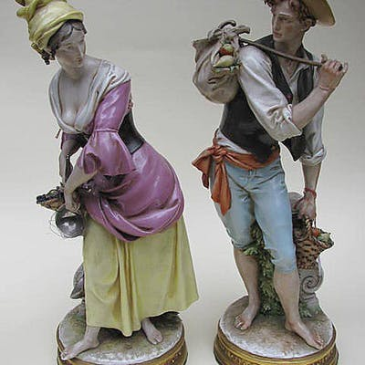 A pair of Porcelain sculptures by Giuseppe Capp around 1960