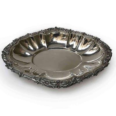 20th Century Italian Silver Oval Shaped Centerpiece