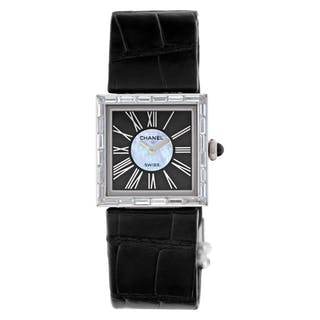 Chanel Mademoiselle 18k white gold Black & Silver dial 22.5mm Quartz watch