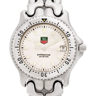 Tag Heuer Professional WG1112-KO stainless steel White dial 35mm Quartz watch