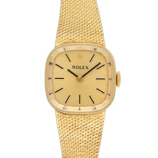 Rolex Classic 8345 in 14k yellow gold dial, 21mm Manual watch. Circa 1970s.