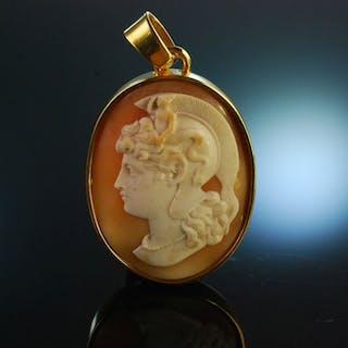 Neapel um 1880! Anhänger mit Muschel Kamee Athena Rahmung Silber 925 vergoldet