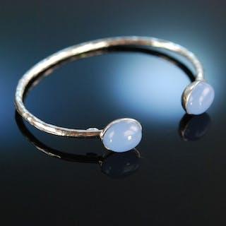 Smart Blue! Schicke Armspange Silber 925 Chalzedon Cabochons