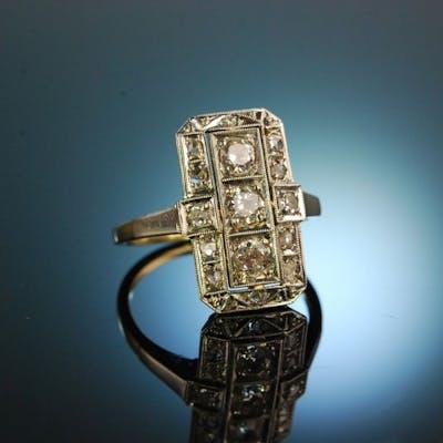 Great Gatsby! Fantastischer Art Deco Diamant Ring Gold 585 0,6 CT