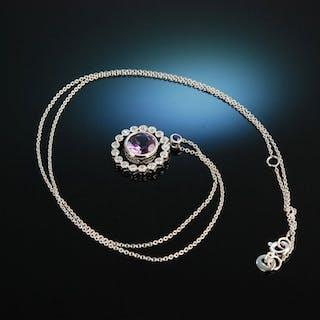 Lovely Violet! Anhänger Collier Weiß Gold 750 Amethyst Saphir Brillanten