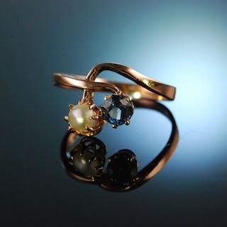 Um 1890! Historischer Verlobungs Ring Rotgold 333 Ceylonsaphir Naturperle