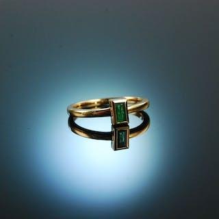 Exquisite Emerald! Zarter Smaragd Ring Gold 750