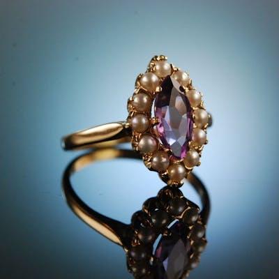 England 1959! Charmanter Schiffchen Ring Amethyst Saatperlen Gold 375