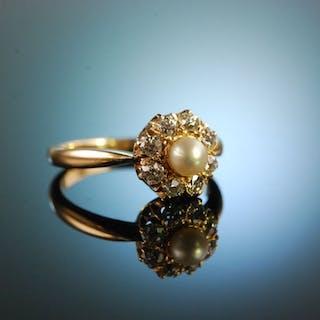 Österreich um 1900! Historischer Ring Naturperle Altschliffdiamanten Gold 585