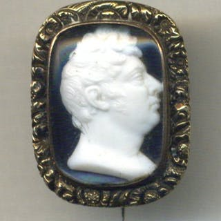 Coronation of George IV, Gold Brooch