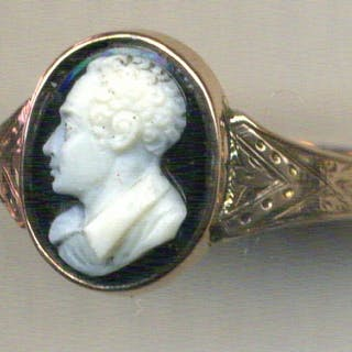 Lord Byron, Hardstone Gold Ring