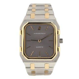 Audemars Piguet Royal Oak Steel 18K Yellow Gold 32 mm Watch 6005SA.0.0477SA.01