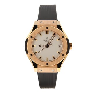 Hublot Classic Fusion Quartz 33 mm 18K Rose Gold Watch 581.OX.2610.RX Box Mint