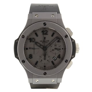 Hublot Big Bang 301.AI.460.RX Very Good Condition Mens Watch