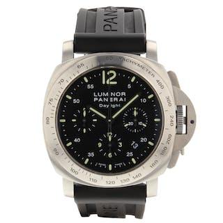 Panerai Luminor Daylight Chronograph 44 mm Steel Rubber Watch PAM00236 PAM 236