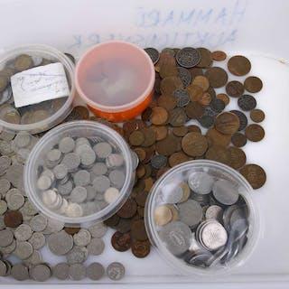PARTI svenska och utländska mynt.
