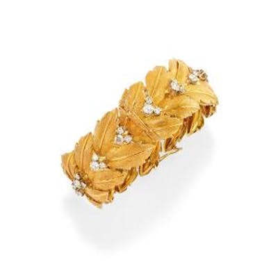 () - A 18K two-color gold and diamond bracelet