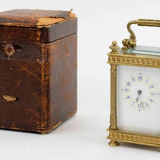 AN ANTIQUE MINIATURE FRENCH CARRIAGE CLOCK