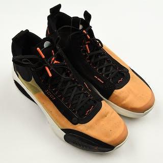 """Tim Hardaway Jr. - Game-Worn Sneakers - Jordan 34 """"Amber Rise"""" - January"""