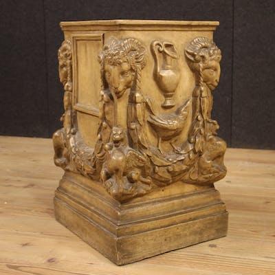 Italienische Terrakottasäule im Louis XVI-Stil